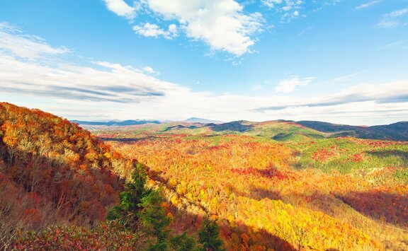 6 Popular Fall Getaways You Need To Visit In October